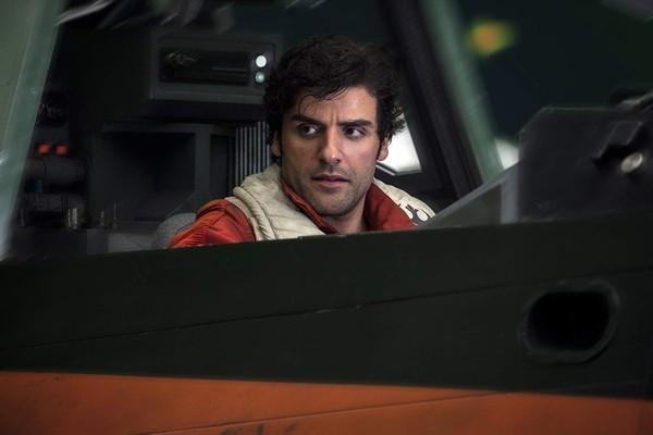 Oscar Isaac em cena de Star Wars: Os Últimos Jedi (2017) (Foto: Divulgação)