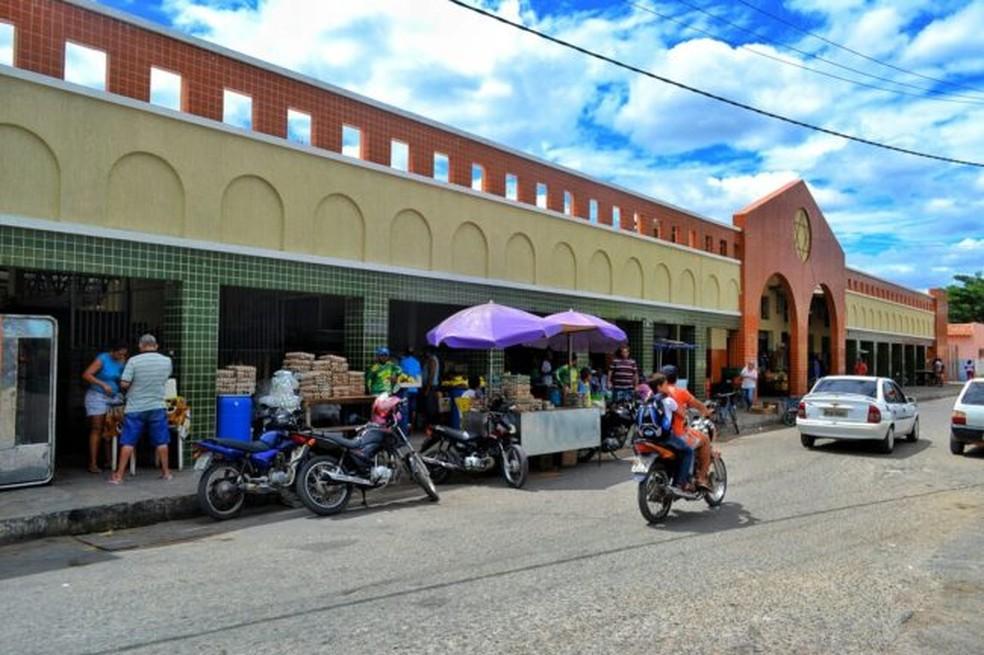 Mercado Público está autorizado a voltar a funcionar, mas sem a feira livre — Foto: Site da Prefeitura de Areia Branca