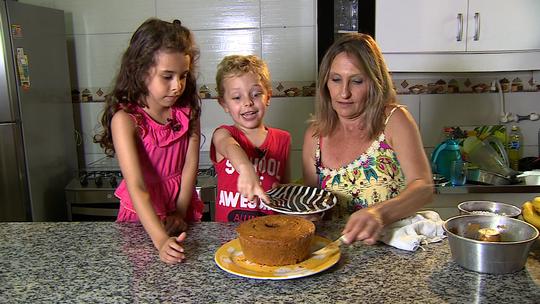 Receita da vovó: saiba como fazer bolo de cenoura sem glúten