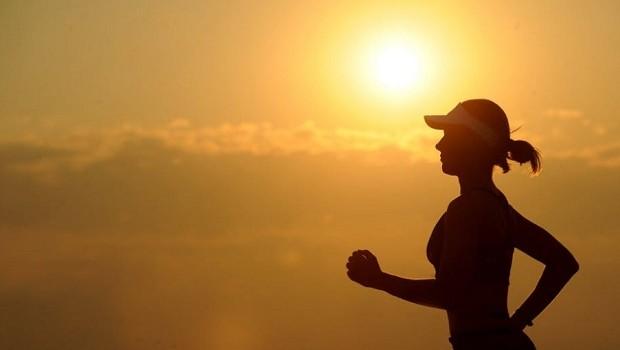 Exercício físico - corrida exercitar - suar - exercícios - corpo - saúde - cuidado - físico (Foto: Pexels)