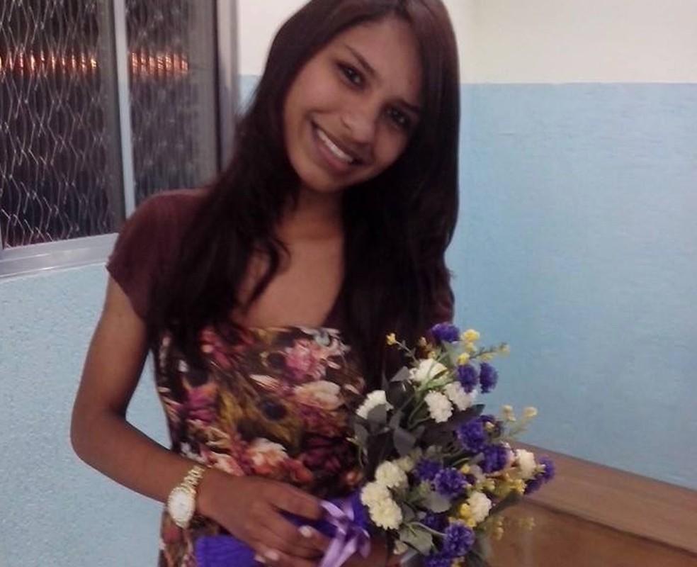 Jovem de 22 anos e o filho foram assassinados dentro de casa em SP (Foto: Família/ Arquivo pessoal)