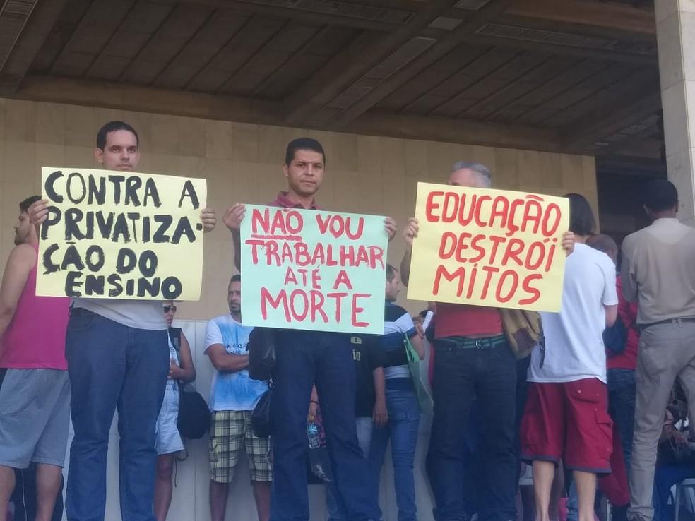 Belo Horizonte tem ato contra cortes na educação pública e a Reforma da Previdência — Foto: Frederico Dávila/TV Globo
