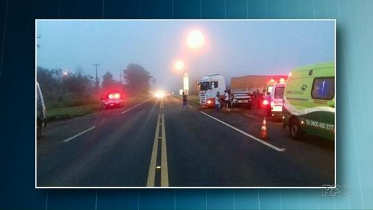 Dez pessoas ficam feridas em acidente na BR-277
