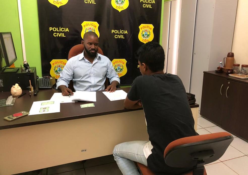 Homem foi preso nesta quinta-feira (25), pelo delegado Samuel Mendes — Foto: Divulgação/Polícia Civil do Acre