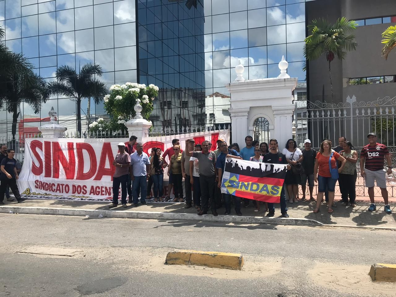 Em greve, agentes de saúde de Maceió realizam ato no Centro - Notícias - Plantão Diário