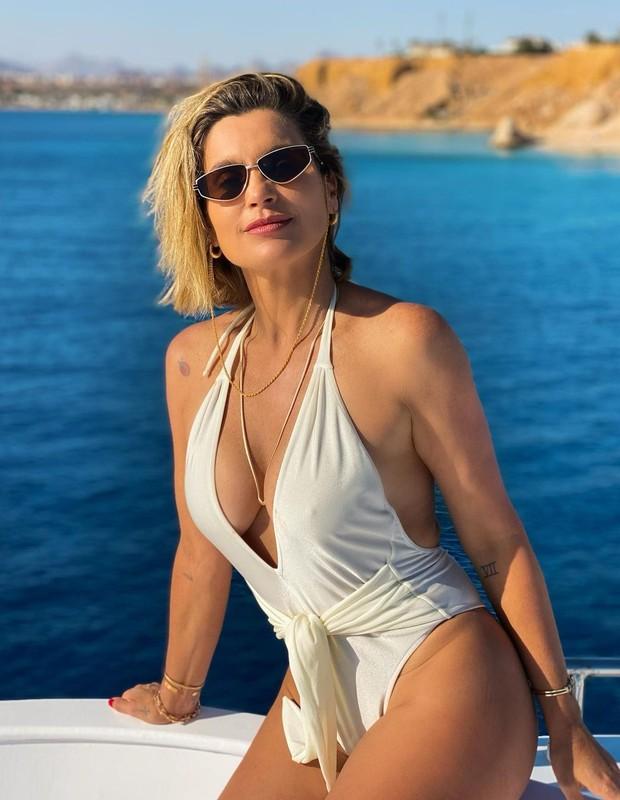 Flavia Alessandra e Otaviano Costa fazem passeio pelo Mar Vermelho (Foto: Reprodução/Instagram)