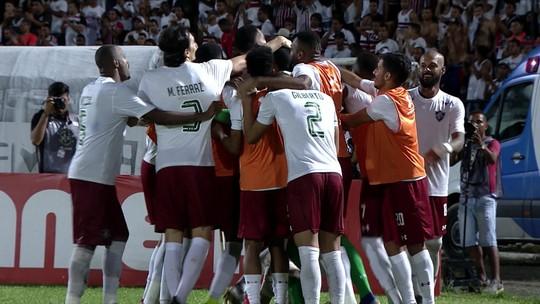 """Herói ao defender dois pênaltis, Rodolfo alerta Fluminense: """"Era para ter perdido de mais"""""""