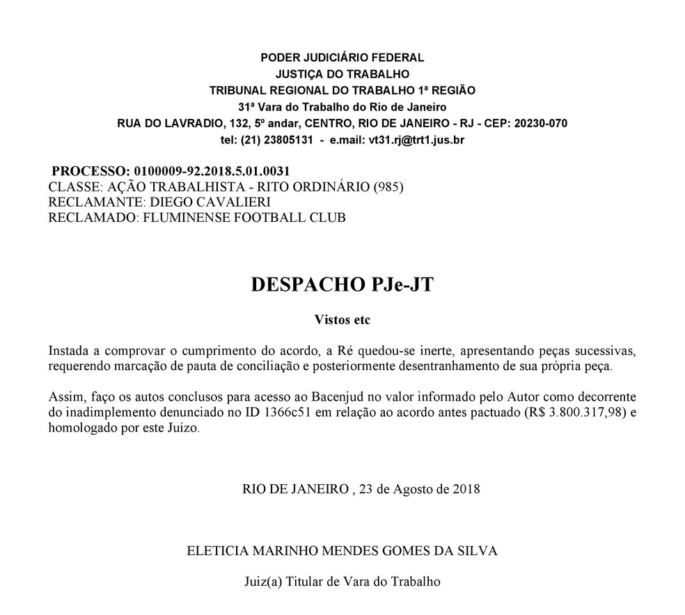 Despacho judicial que determina o bloqueio em favor do goleiro (Foto: Reprodução)