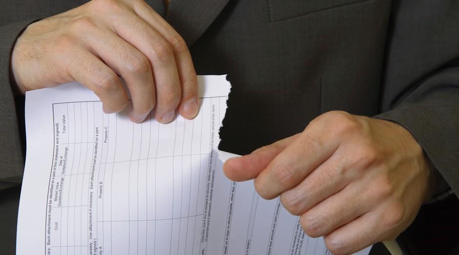 contrato; plano de negócios; rompimento; briga (Foto: ThinkStock)