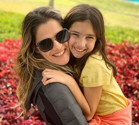 Ingrid Guimarães com a filha (Foto: Reprodução)