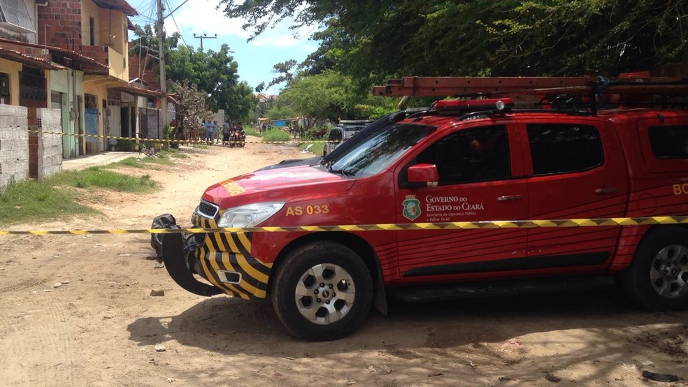 Corpos de jovens torturadas e mortas foram encontrados nesta sexta-feira (9) (Foto: Gioraz Xerez/G1 Ceará)