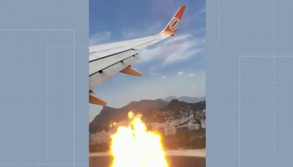 Passageiros levam susto em voo — Foto: Reprodução