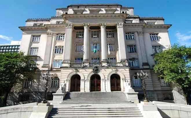 Cestas básicas serão distribuídas para 5,5 mil famílias de alunos da rede municipal de Santos