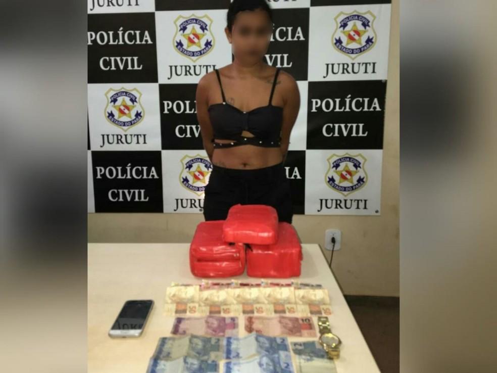 whatsapp image 2019 01 11 at 20.50.16 - Jovem de 22 anos é flagrada transportando 5 kg de drogas em Juruti