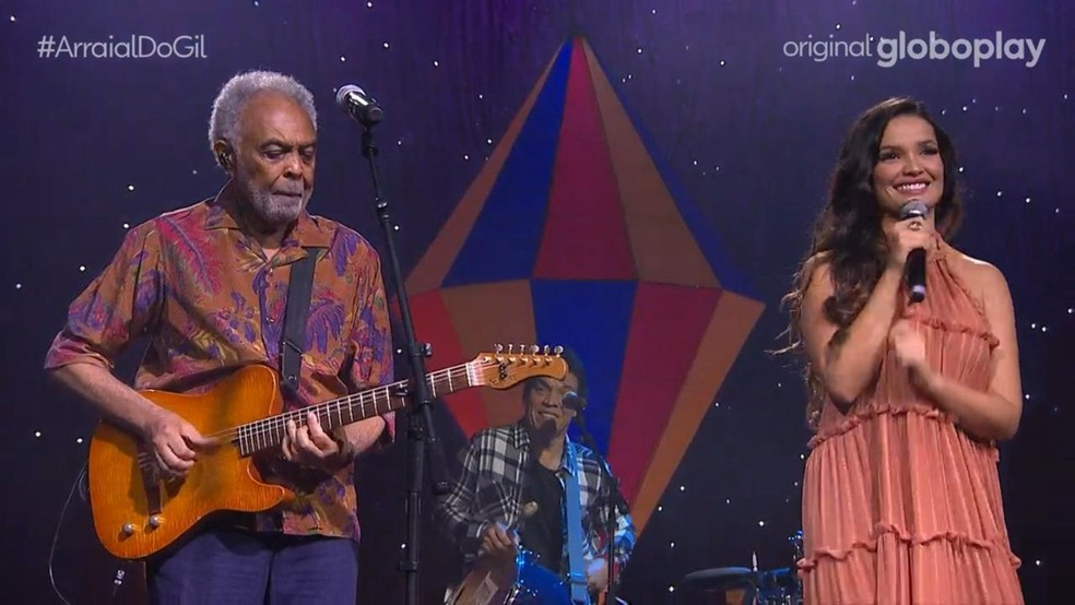 Juliette canta com Gilberto Gil — Foto: Globoplay