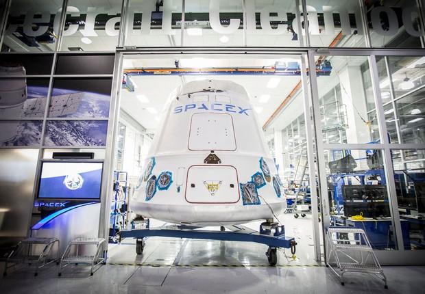 Sede da empresa Space X, do bilionário Elon Musk (Foto: Reprodução/Facebook)