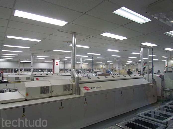 A etapa inicial de produção é feita inteiramente por máquinas ( (Foto: TechTudo/Paulo Alves)