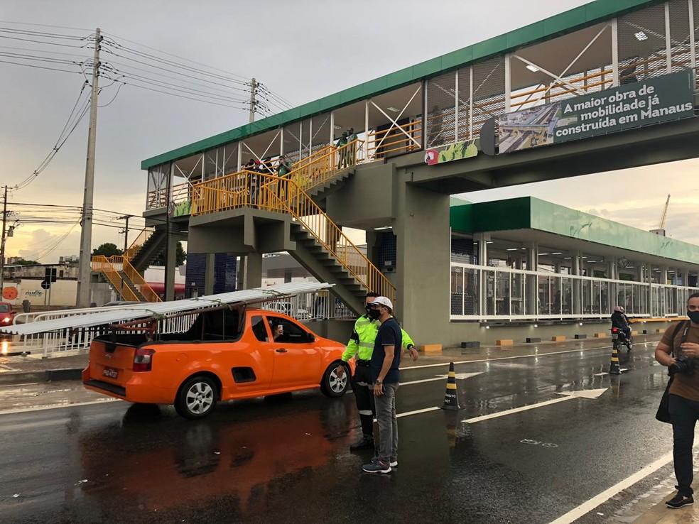 Inauguração de complexo viário ocorreu nesta segunda-feira (29). — Foto: Rebeca Beatriz/G1 AM