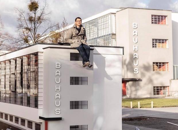 Ônibus inspirado na Escola Bauhaus passará por quatro cidades diferentes  (Foto: Instagram / savvycontemporary)