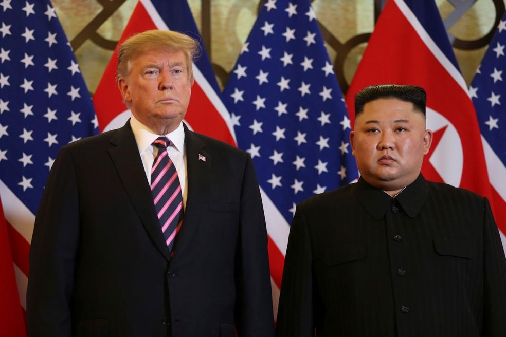 Presidente dos EUA, Donald Trump, e líder norte-coreano, Kim Jong-un, se encontram em Hanói, no Vietnã, nesta quarta-feira (24)  — Foto: Leah Millis/ Reuters