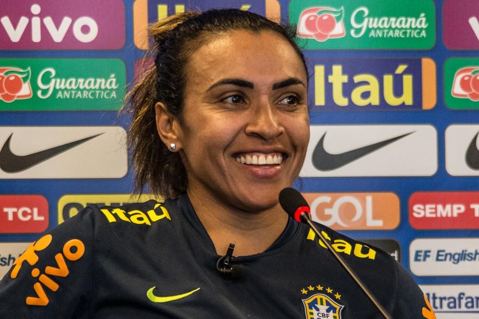 Marta em coletiva de imprensa na Granja Comary — Foto: Rener Pinheiro / MoWA Press