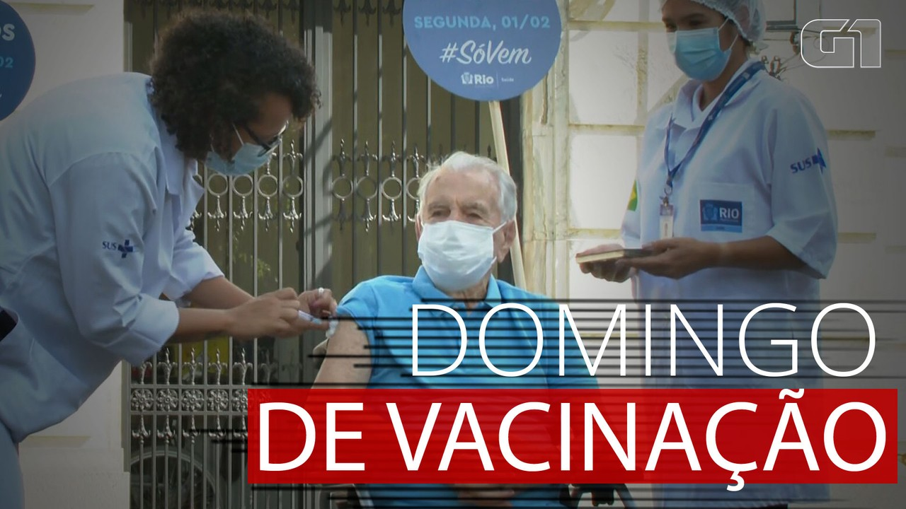 VÍDEO: Orlando Drummond e Nelson Sargento são vacinados em evento no Palácio da Cidade