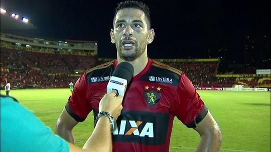 """Diego Souza manda recado aos críticos do Sport: """"É uma covardia"""""""