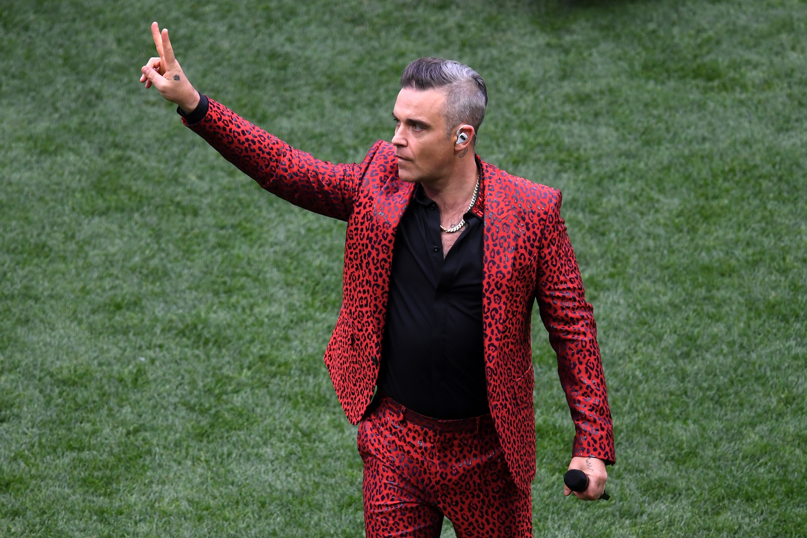 Robbie Williams se apresenta na abertura da Copa do Mundo de 2018 (Foto: Getty Images/Shaun Botterill)