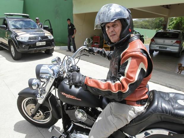 Roberto Jefferson moto (Foto: Marcos de Paula/Estadão Conteúdo)