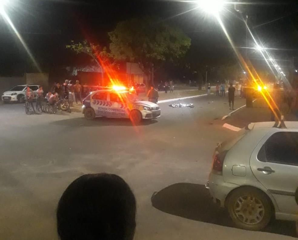 Motociclista morre após bater em carro, na região sul de Palmas — Foto: Divulgação
