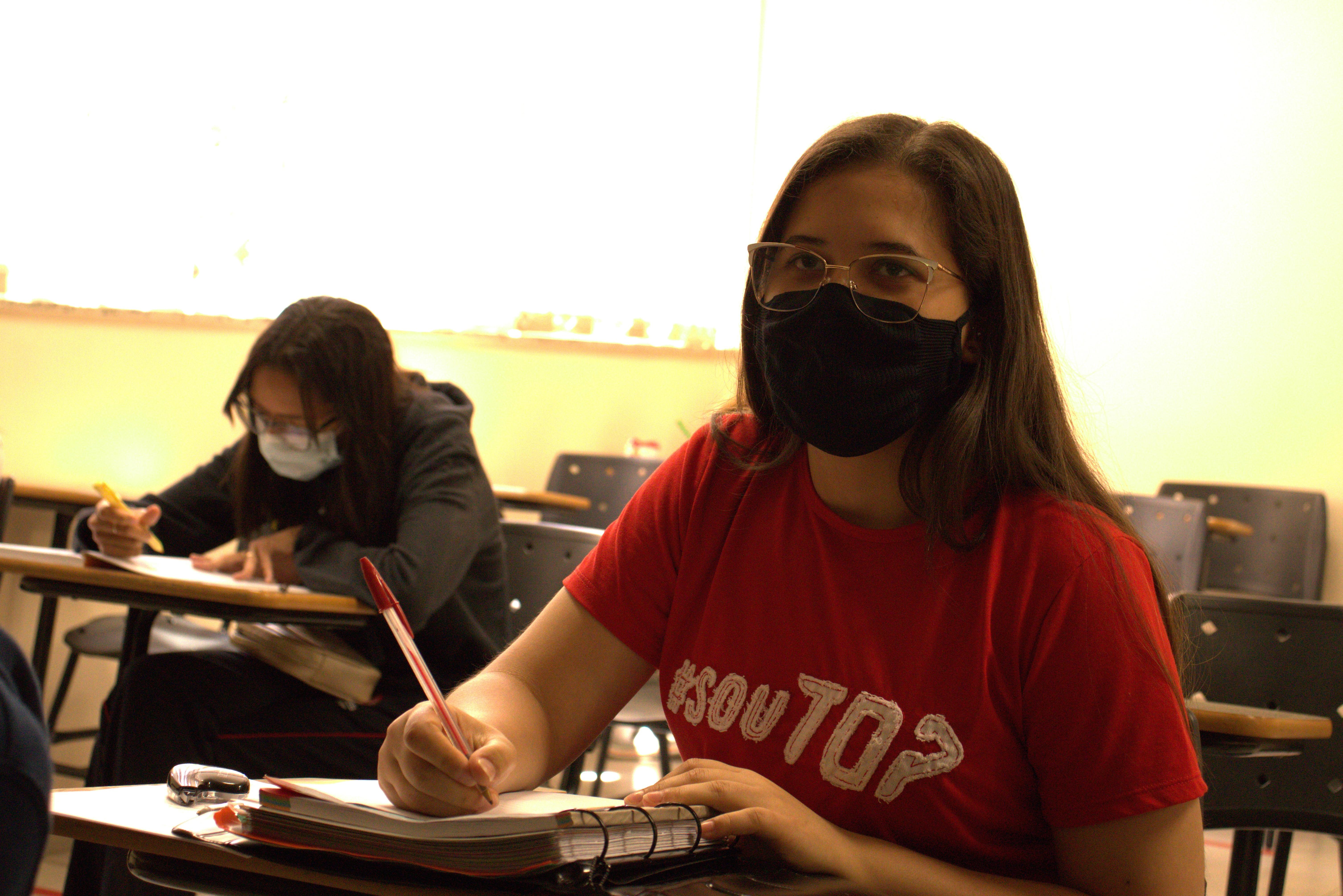 Estudantes dos Vales de Minas reforçam estudos para o Enem