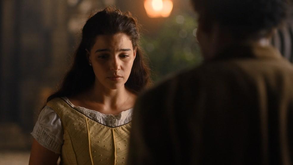 Pilar (Gabriela Medvedovski) diz não ao pedido de namoro de Jorge/Samuel (Michel Gomes) em 'Nos Tempos do Imperador' — Foto: Globo