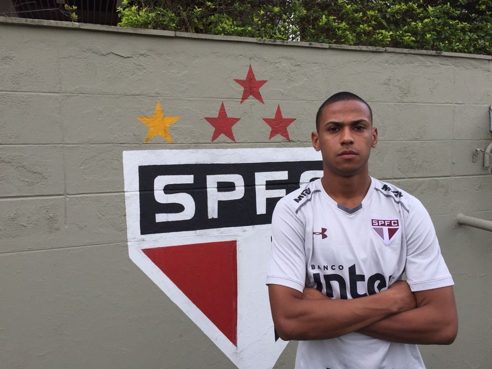 Bruno Alves é um dos xerifas da zaga do São Paulo (Foto: Marcelo Hazan)