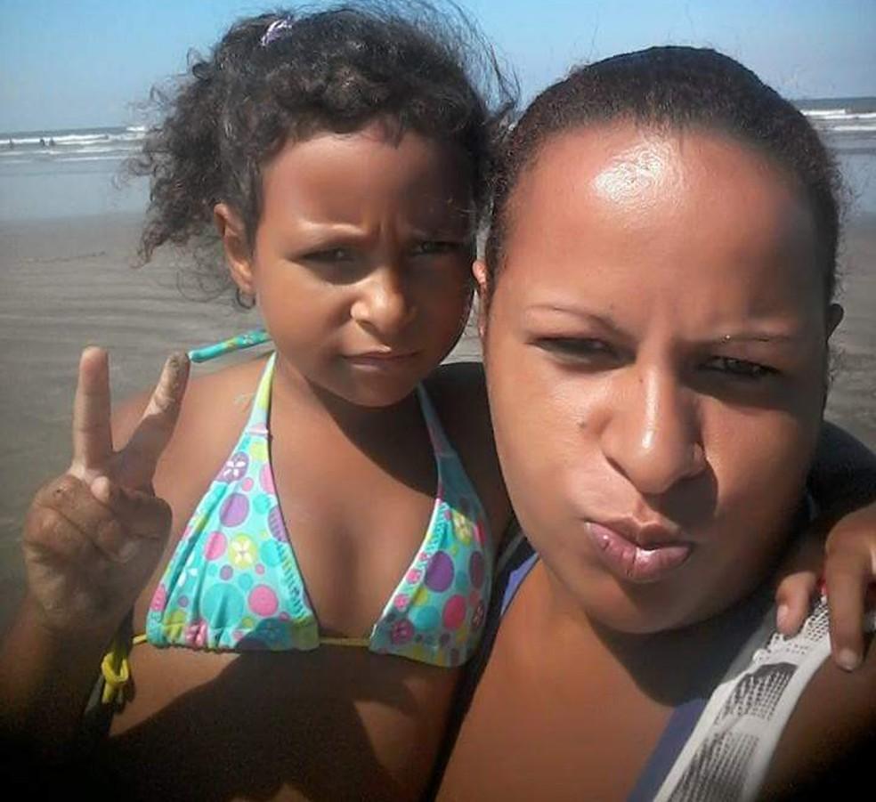 Diana Soares, mãe de Kauani Cristhiny, acredita que a filha tenha sido sequestrada em Mongaguá, SP — Foto: Arquivo Pessoal/Diana Soares