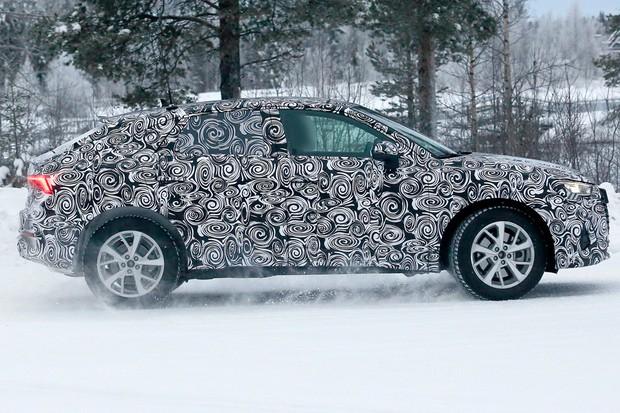 Formato SUV cupê foi aplicado apenas no maior Q8 (Foto: AutoMedia/Autoesporte)
