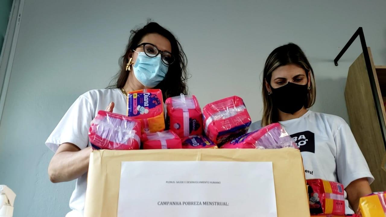 Campanha arrecada absorventes para 400 mulheres em situação de vulnerabilidade em Campos, no RJ