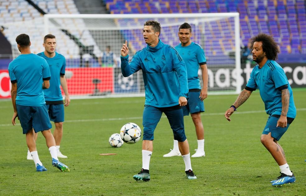 Cristiano Ronaldo pode conquistar sua quinta Liga dos Campeões. Leva também a sexta Bola de Ouro? (Foto: Gleb Garanich/Reuters)
