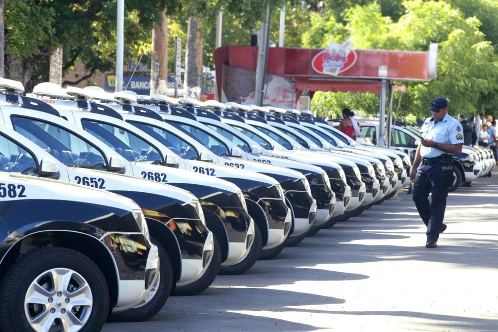329 carros para a Segurança Pública foram entregues há um mês pelo governo (Foto: Governo do Ceará/Divulgação)