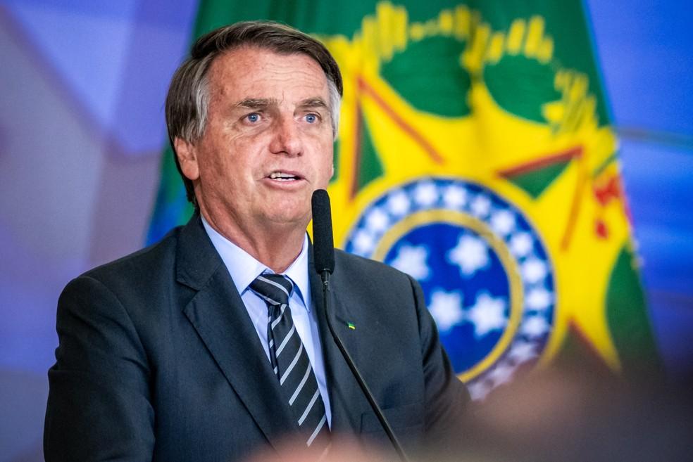 O Presidente do Brasil, Jair Bolsonaro, participa de cerimônia no Palácio do Planalto — Foto: ANTONIO MOLINA/FOTOARENA/ESTADÃO CONTEÚDO
