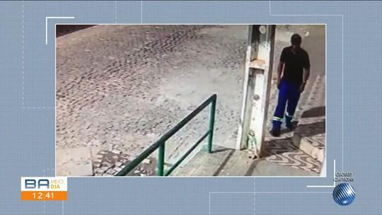 VÍDEO: Homem invade banco usando chave mestra e furta dois malotes com dinheiro na Bahia