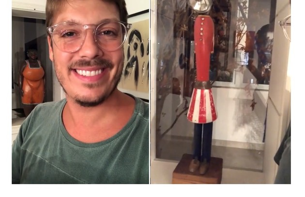 Fábio Porchat mostra escultura feita com lixo e comprada na Cidade do Cabo, África do Sul (Foto: Reprodução)