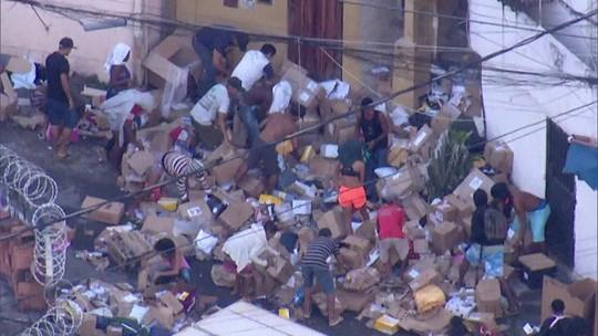 RJ acumula prejuízo de R$ 2 bilhões no comércio por causa da violência