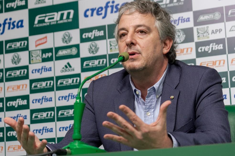 Paulo Nobre em entrevista na Academia de Futebol (Foto: Agência Estado)