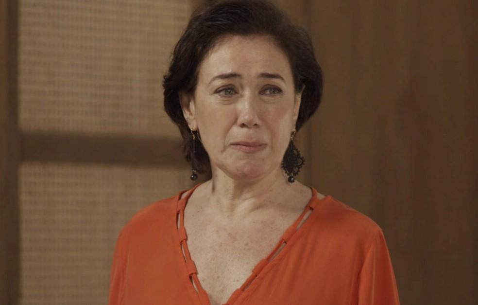 Silvana fica inconsolável (Foto: TV Globo)