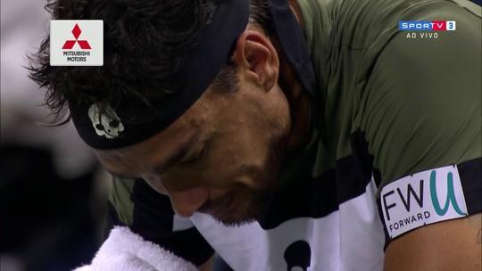 Tenista italiano passa mal e vomita em quadra no Masters 1000 de Cincinnati