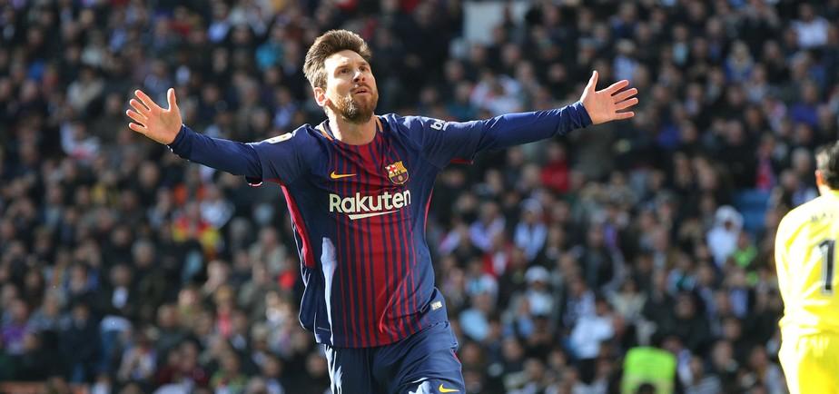 Levantamento mostra que Messi caminhou 83% do clássico contra o Real