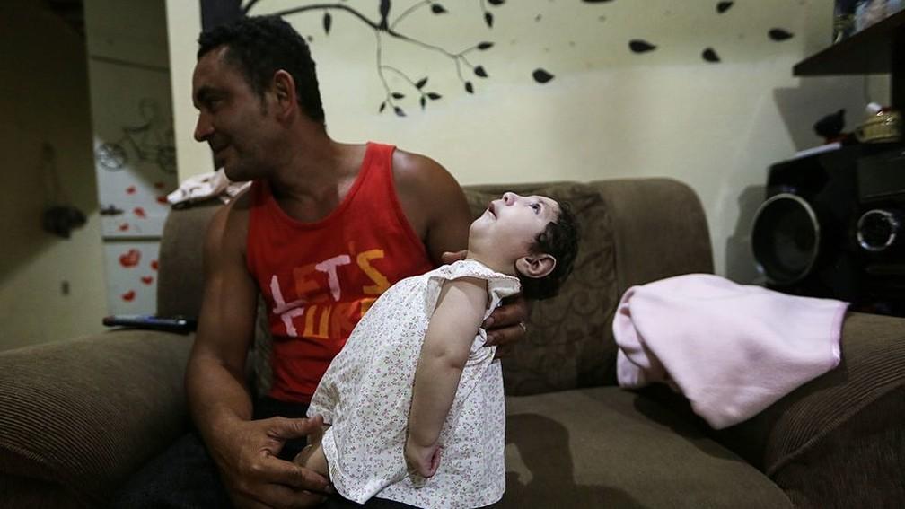 Pesquisa sugere para um menor número de abortos em famílias de menor renda (Foto: Getty Images)