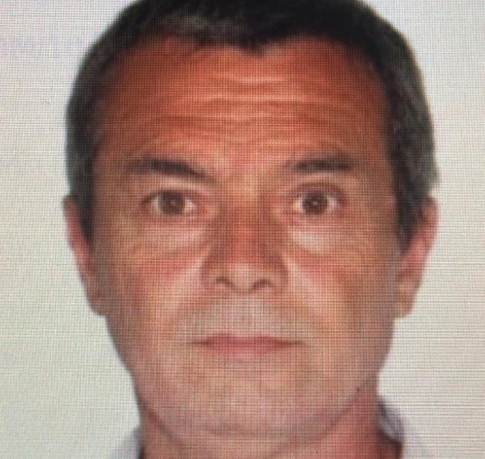Cláudio Ricardo Marques Negro, de 54 anos, foi morto dentro de casa em Cachoeirinha — Foto: Brigada Militar/divulgação