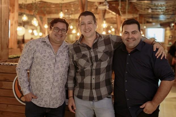 Ari Andrade, Marcos G?ndel e Jian Lorenzetti, s?cios da M&A Franchising (Foto: Divulga??o)