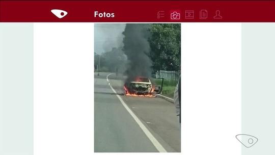 Carro pega fogo em rodovia de Colatina, ES